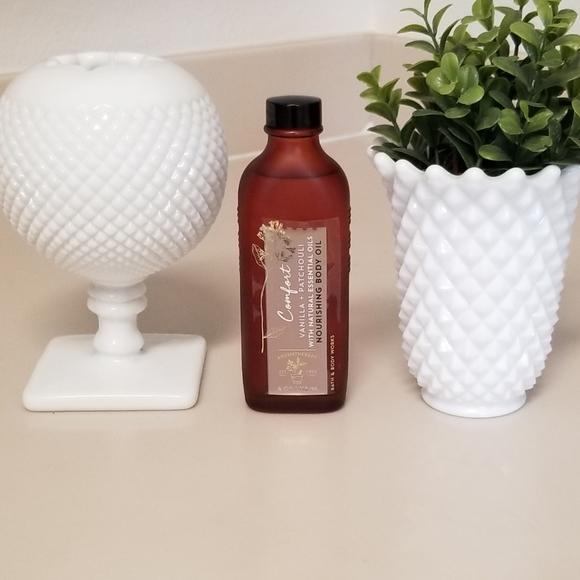 BATH & BODY WORKS Comfort Vanilla & Patchouli Oil